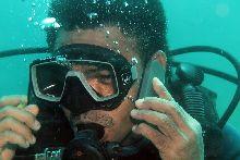 Dive guide Demos (Homo sapiens)